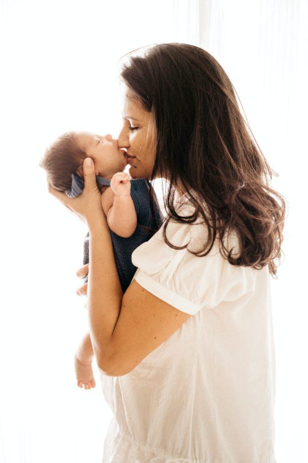 połóg, karmienie piersią, opieka nad noworodkiem