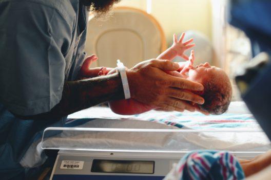 procedury szpitalne, nacięcie krocza